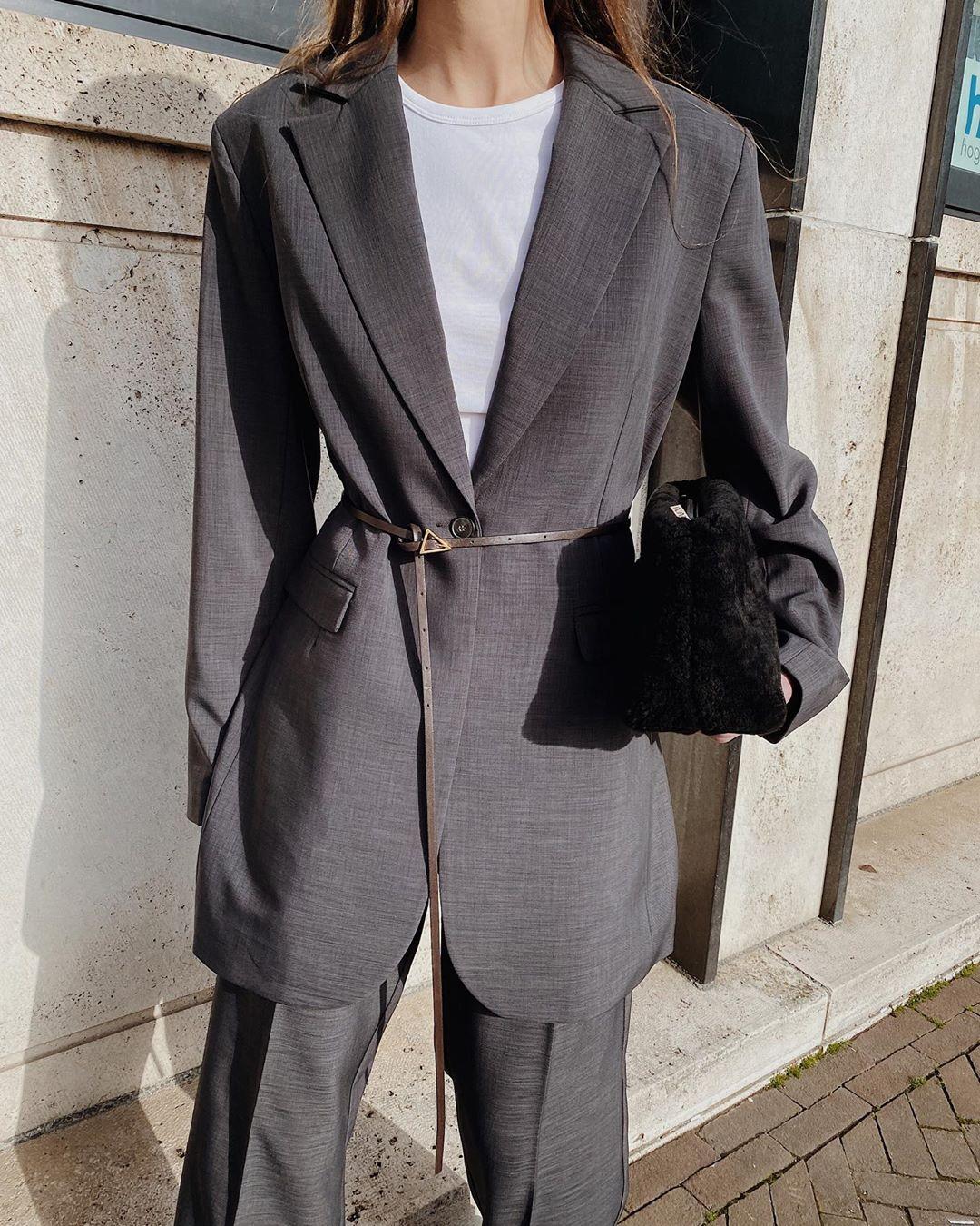 Crop top with blazer @modedamour